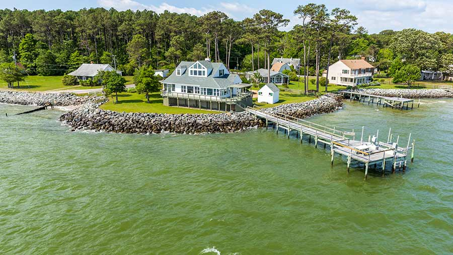 waterfront houses Chesapeake bay yacht boat rental