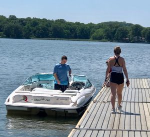 boat-charter-rental-annapolis-bow-rider-waterskii-bow-rider-chesapeake-south-river-jet-ski