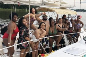 md-yacht-charter-rentals-near-me-maryland-baltimore-thomas-point-shoal-light-house-tour-chesapeake-bay-south-river-bridge-annapolis
