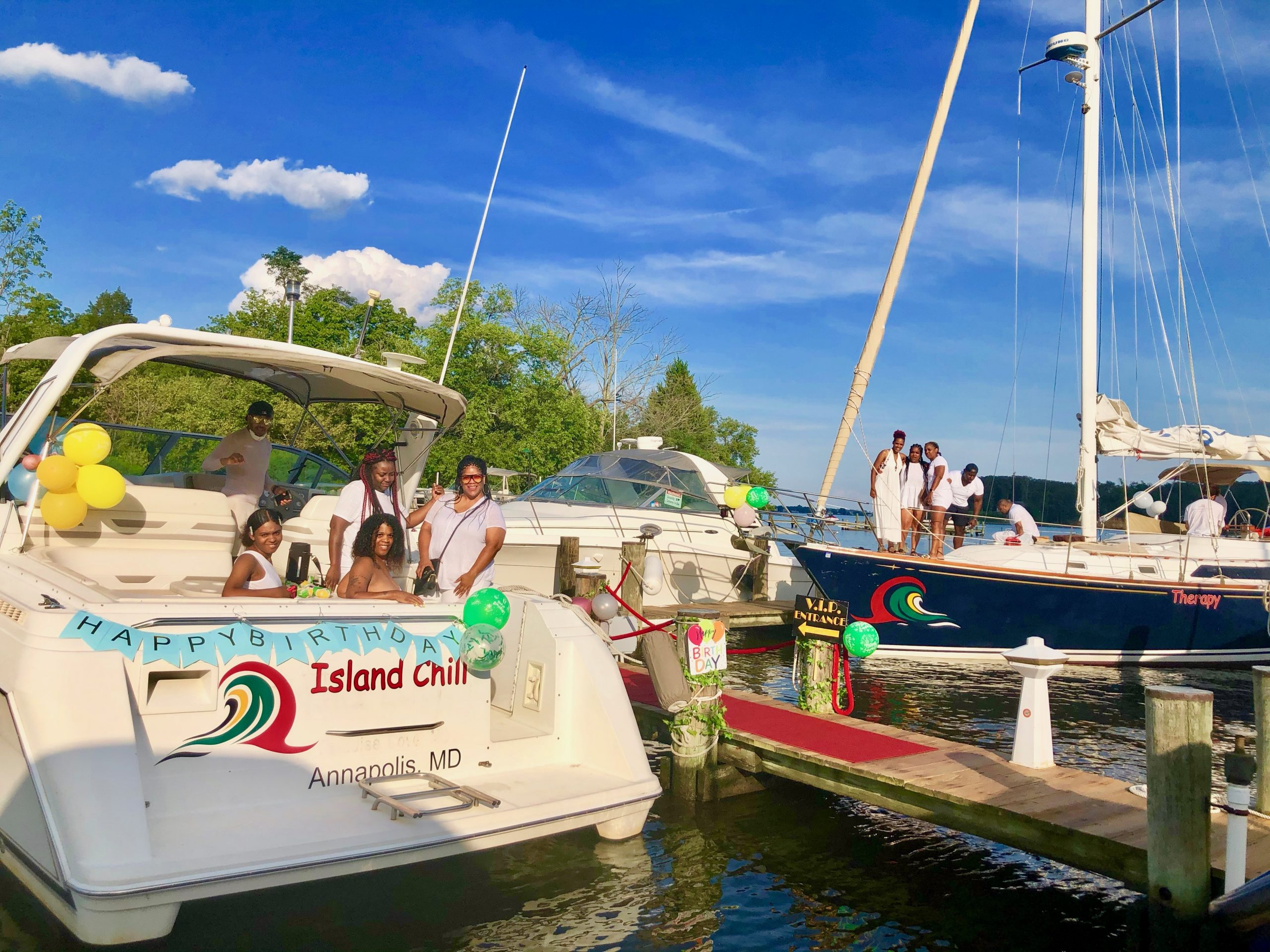 romantic-sunset-cruise-charter-annapolis-chesapeake-bay-maryland-thomas-point-light-house-south-river-maryland-boat-charter-rental-baltimore-yacht-captain-sailboat-powerboat-12-twelve-people