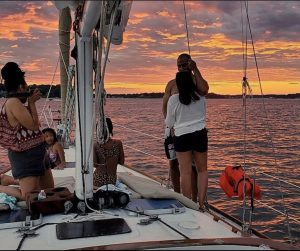romantic-sunset-cruise-charter-annapolis-chesapeake-bay-maryland-thomas-point-light-house-sailboat-south-river-maryland-boat-charter-rental-baltimore-yacht